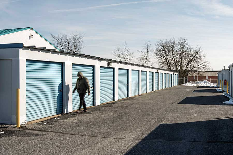 DISTRIBUTION — self storage facility — Airport Road Self Storage