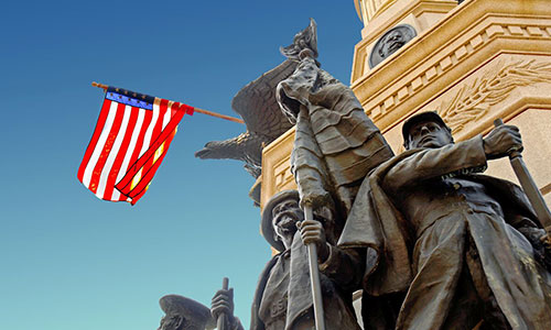 <p>The soldiers and sailors monument, part of downtown tradition.</p>